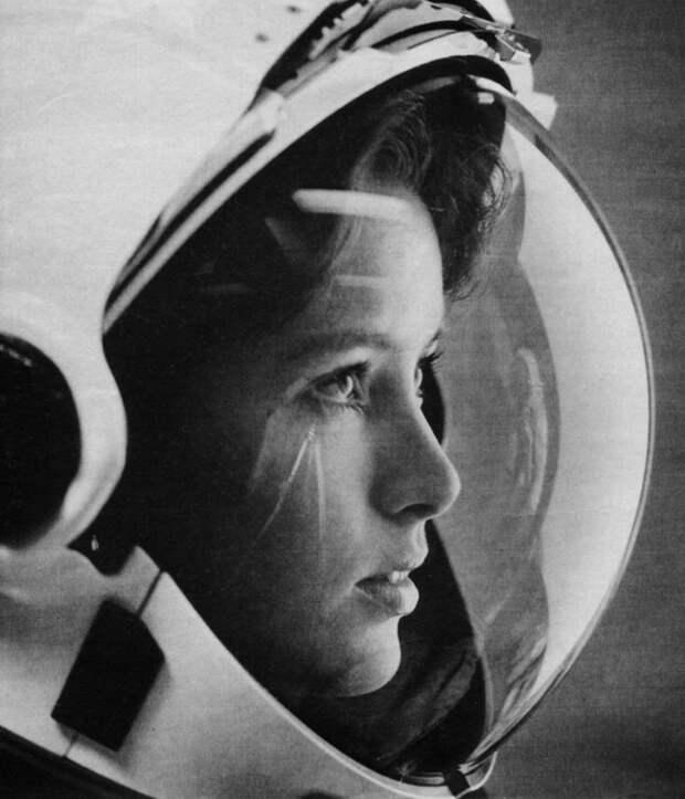 Анна Фишер – «первая мама в космосе»