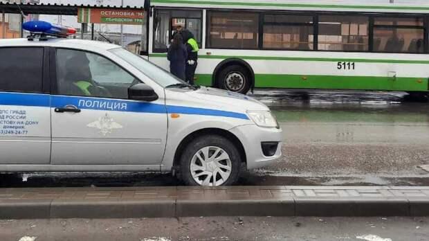 Водитель вТаганроге сбил 11-летнего подростка искрылся сместа ДТП