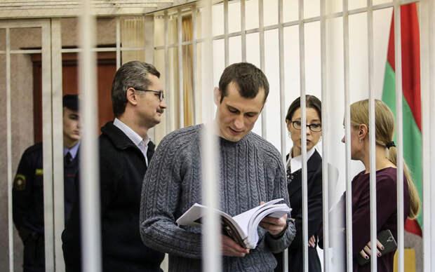 Посольству России в Минске припомнили позорную историю