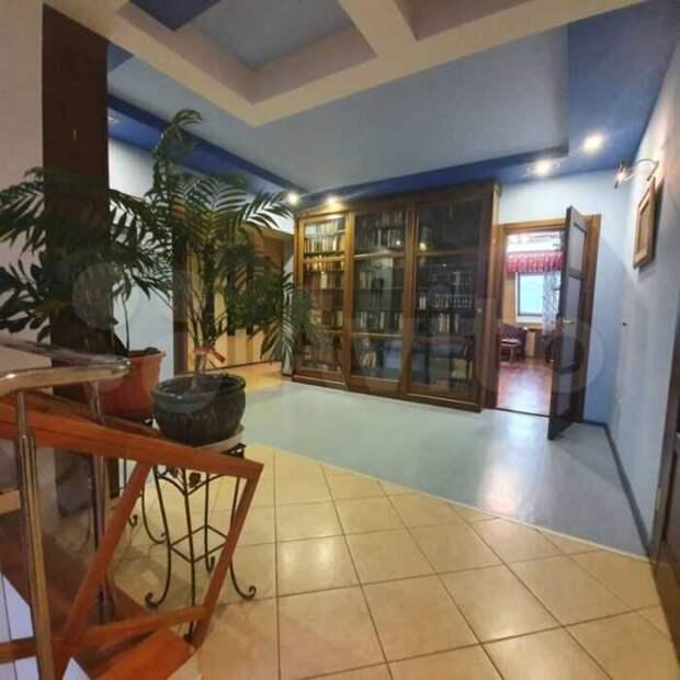 Что за 8-комнатную квартиру продают в Тюмени за 70 млн рублей