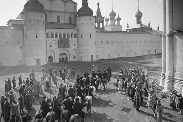 конная и пешая армия