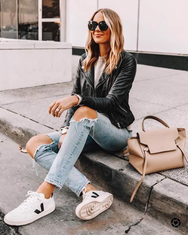 Модные женские джинсы весна-лето 2020 фото 12