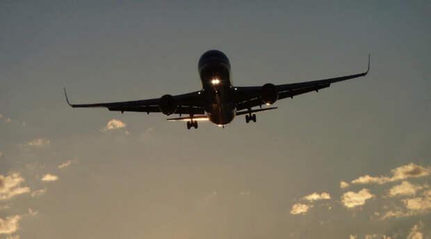 Инсульт в воздухе: Boeing не смог долететь из Парижа в Токио