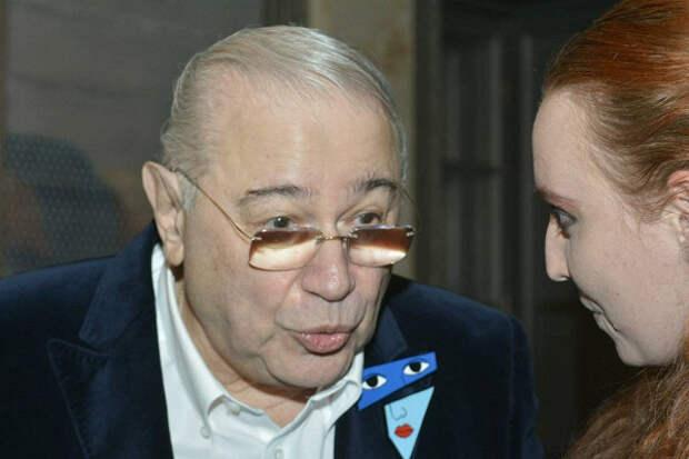 Петросян подарил жене украшений на300тысяч инакопил долгов перед ЖКХна400тыс.