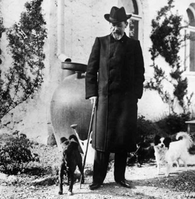 А. П. Чехов в Ялте. 1904 г.