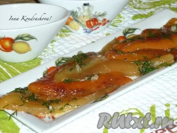 Жареный болгарский перец с чесноком и зеленью