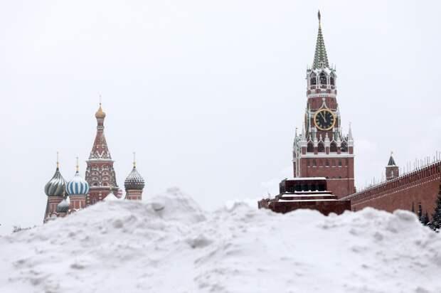 Сугробы в Москве за ночь выросли до 35 сантиметров
