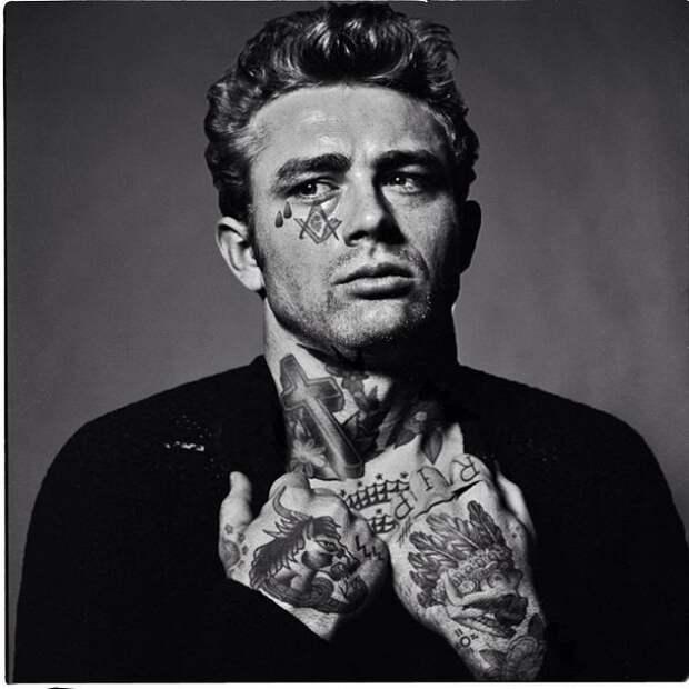 Пользователи блога Tumblr нанесли на тела знаменитостей красивые тату.