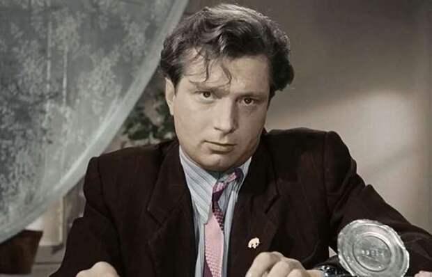 Неизвестные подвиги скромного героя Владимира Гуляева