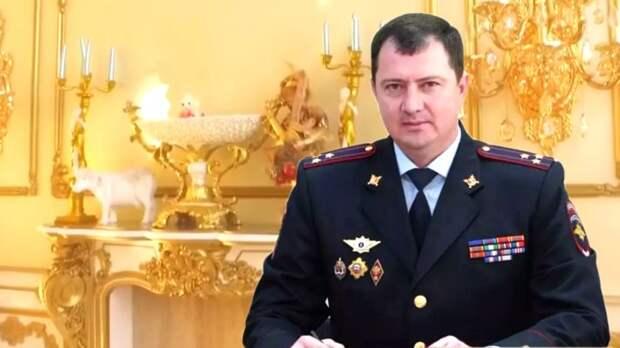 Все ли, нажитое «честным трудом», погибнет? Как тяжело в России быть генералом