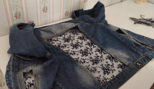 Посмотрите, как преобразилась джинсовая куртка всего за 30 минут