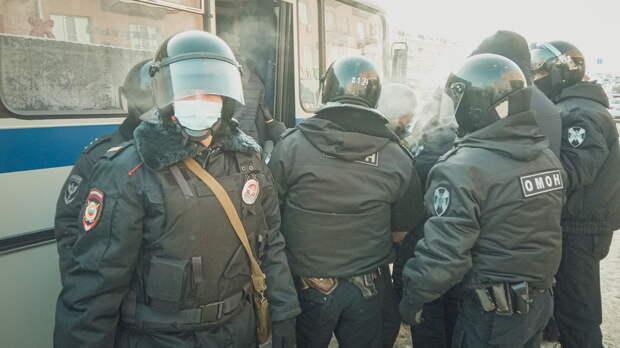 Ростовских силовиков отправили разгонять торговцев вАксае