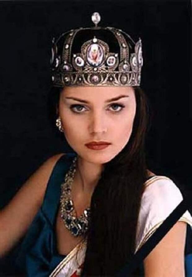 Эльмира Туюшева.