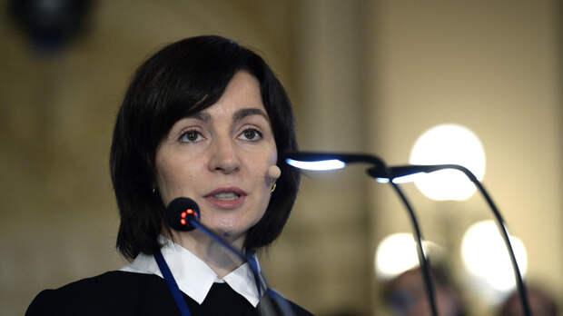 Санду собрала чемоданы: Президент Молдавии ждёт особого приглашения от России