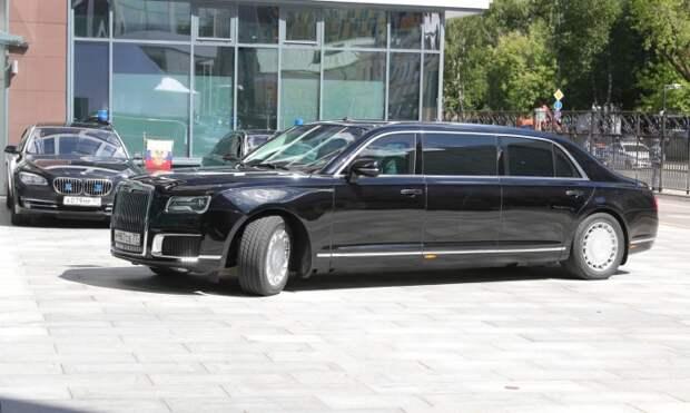 Самый длинный лимузин – у президента России. | Фото: life.ru.