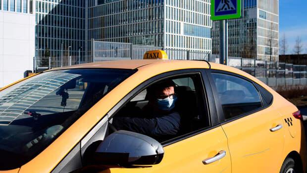 Минтранс предложил ввести для сервисов такси ответственность перед пассажирами