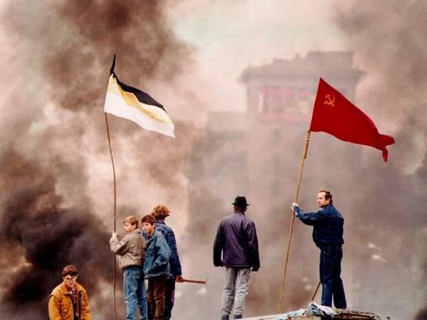 18 редких фото России 90-х, которые вы не видели раньше