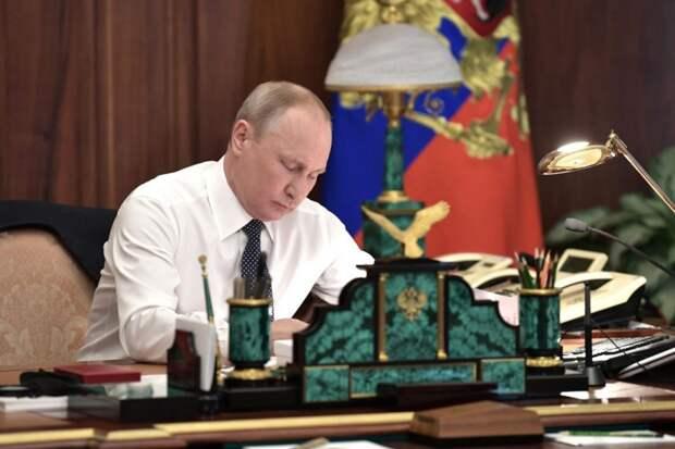 Очередная обираловка. Владимир Путин подписал указ о создании «мусорного» оператора