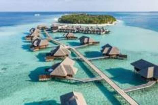 Россияне массово ринулись осваивать курорты богачей