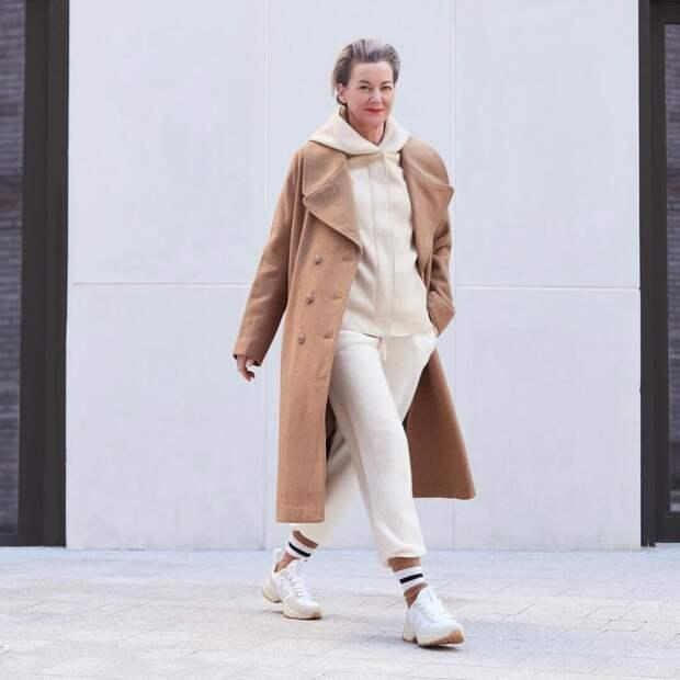 Как в 49 лет выглядеть на 20? Трейси Леа Сейер и ее 6 образов в уличном стиле