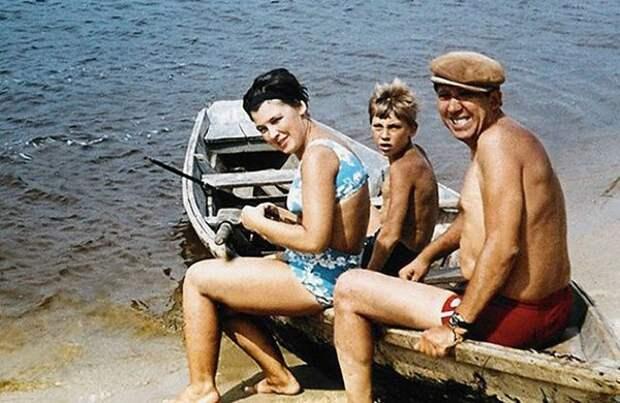 Юрий Никулин с женой и сыном / Фото: back-in-ussr.ru