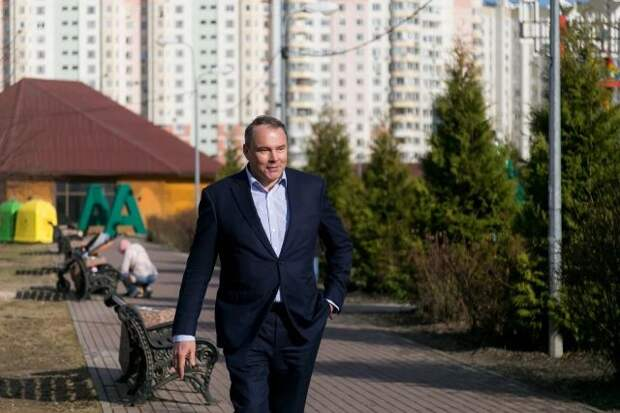 Толстой одобрил предложение обнулить ипотеку многодетным семьям
