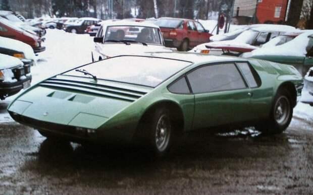 Фото из Швеции середины 1980х. На капоте появились два дополнительных воздухозаборника. Bizzarrini Manta, Джорджетто Джуджаро, авто, автодизайн, автомобили, аэродинамика, дизайнер