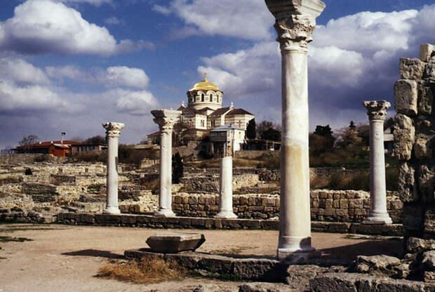 Херсонес: борьба Украины и России за объект культурного наследия