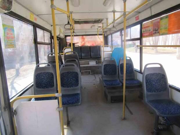 Из-за неаккуратности водителей 4 пассажира получили травмы в общественном транспорте Ижевска