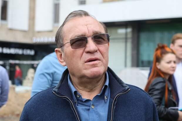 Петр Бирюков: Работа фонтанов в столице завершится 1 октября