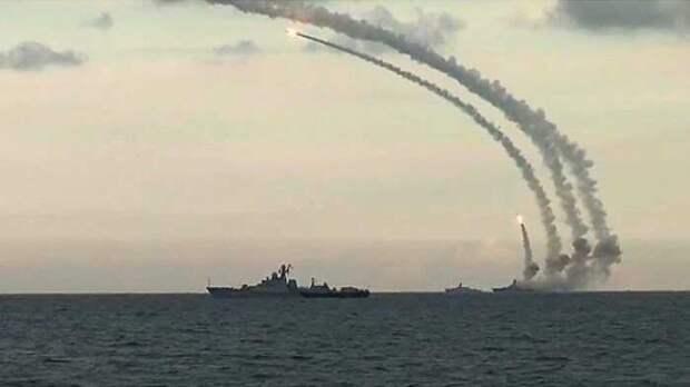 Сотни бензовозов уничтожены вСирии одним российским ударом с моря