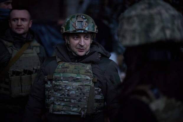 Киев хочет спрятать свою несостоятельность за имитацией кипучей деятельности на Донбассе