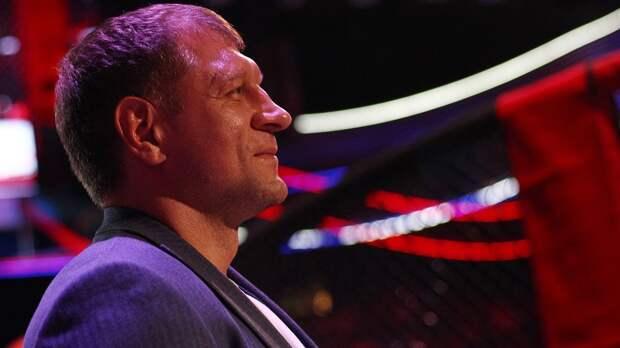 А. Емельяненко оценил бой Харитонова на кулаках: «Нашел свой промоушен и свой уровень оппозиции»