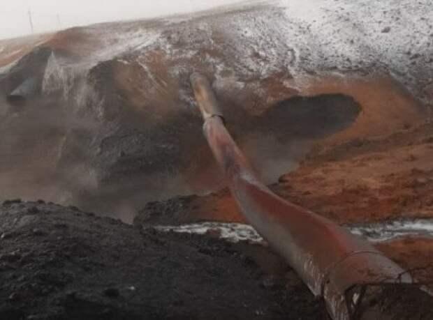 В Оренбуржье из-за взрыва газопровода власти ввели режим ЧС
