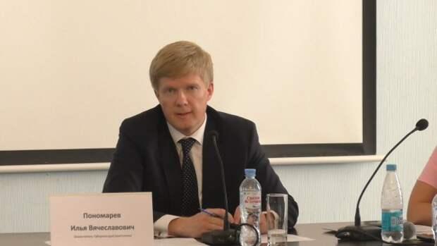 Бизнесмены Севастополя попросили «сбить» Николаева с должности!