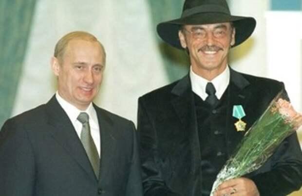 Невзоров объяснил, почему россияне разлюбили Боярского