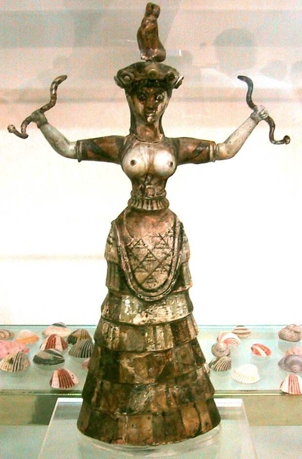 http://thequeenofheaven.files.wordpress.com/2010/11/snake_goddess_crete_1600bc.jpg