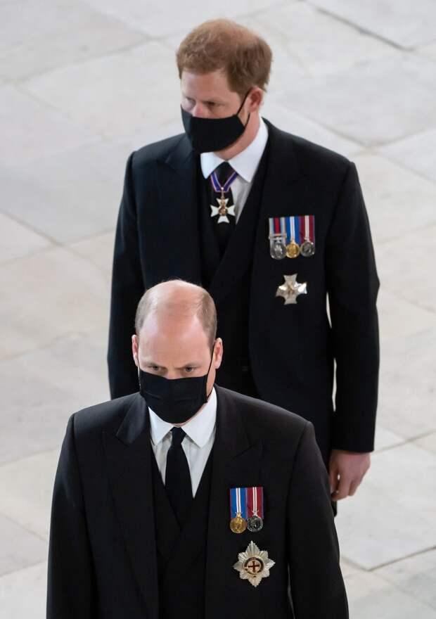 Меган Маркл помогала королеве отвлечься от грустных мыслей накануне похорон принца Филиппа