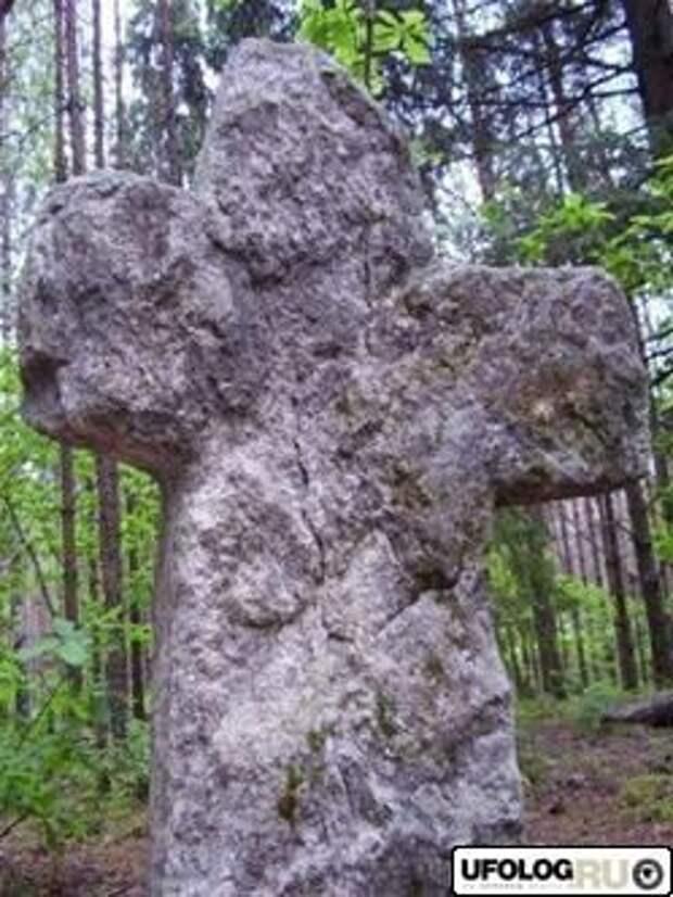 О чем расскажут каменные кресты