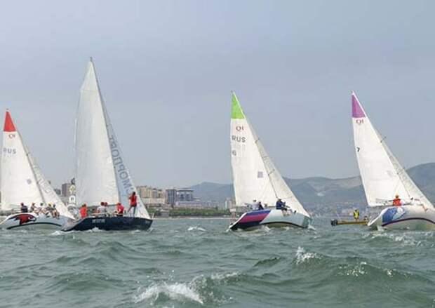 Юнармейцы приняли участие в гонках на крейсерских яхтах
