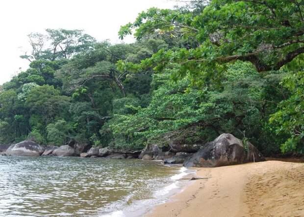 Каменные письма моряков на загадочном острове Мангабе