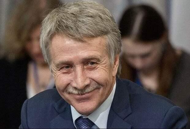 Forbes назвал 10 самых богатых россиян года