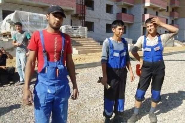 РФ объявила «миграционную амнистию» для 158 тыс. граждан Узбекистана