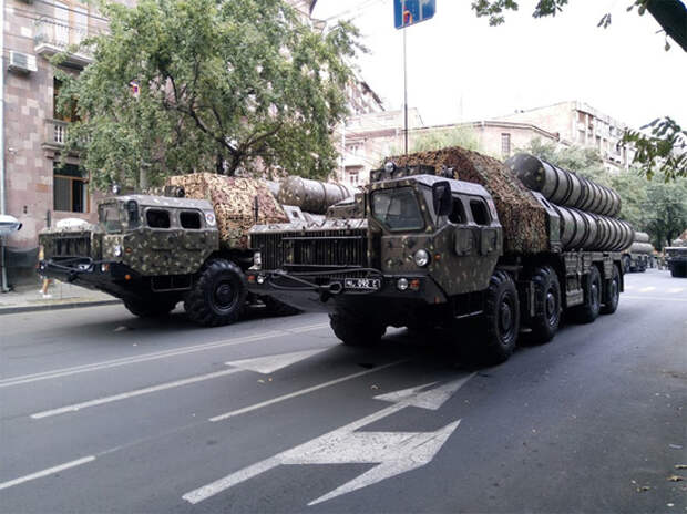 Азербайджан уничтожил армянский ЗРК С-300 в Карабахе
