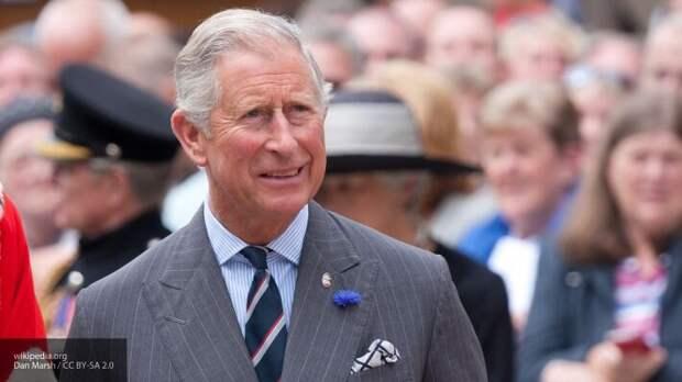 Сын королевы Елизаветы II принц Чарльз заразился коронавирусом