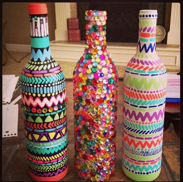 Декорирование бутылок различными материалами (58 фото)