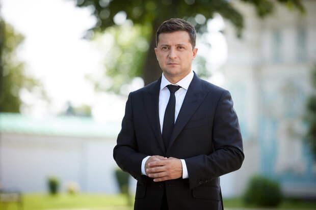 Зеленский призвал «дальних родственников» не претендовать на историю Украины