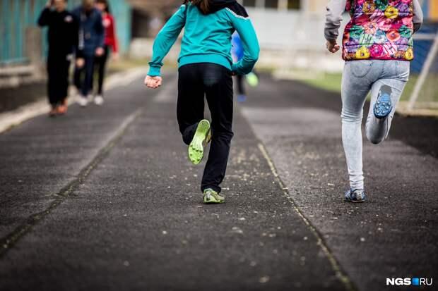 Поборы в спортивных школах: сибирячка рассказала, как родителей вынуждают платить за командировки тренеров