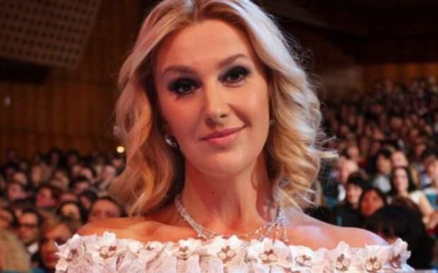 Украинская телеведущая предъявила Зеленскому обвинение во вранье