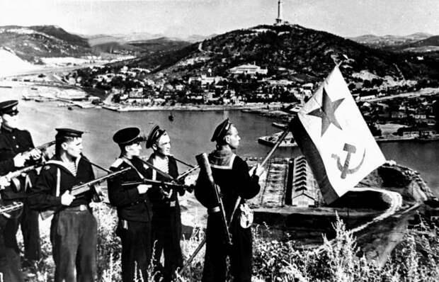 Разгром Японии в 1945 году — «ошибка» СССР. От России требуют извинений